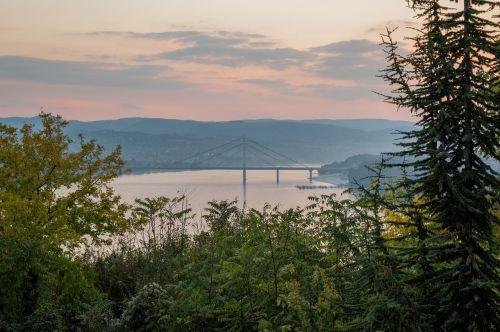novi,liūdnas,Serbija,Danube,laisvė,tiltas,saulėlydis,miestas,turizmas,kelionė,Europa,gamta,Kelionės tikslas,upė,atostogos