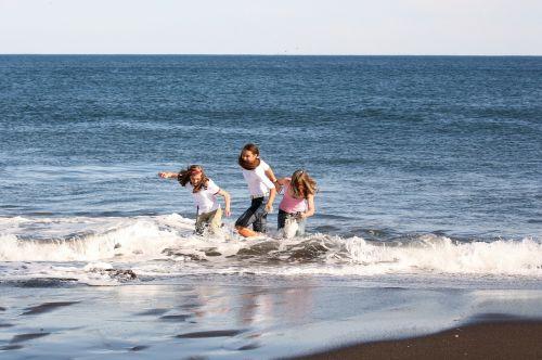 vandenynas,banga,dangus,papludimys,kranto,jūra,jūros dugnas,smėlis,naršyti,Ramusis vandenynas,vėjas,vanduo,mergaitės,bangos,Jūros vaizdas,kraštovaizdis,Ramusis vandenynas,draugai,vasara,keliauti,keliauti,gamtos stebuklai