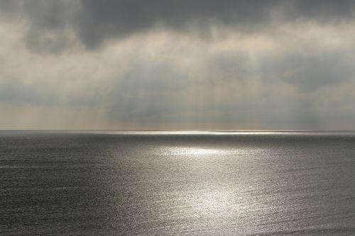 vandenynas,dangus,horizontas,jūra,vanduo,jūros dugnas,ramus,ramus,debesys,Debesuota,pilka,taikus,paviršius,ramus