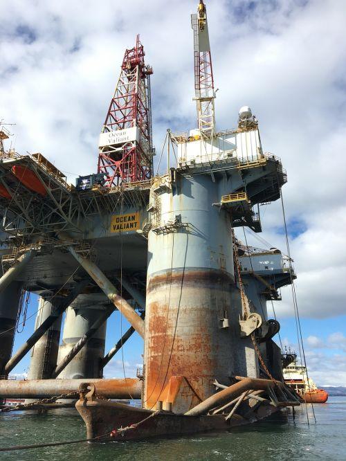 naftos pramonė, industrija, gręžimo įrenginys vandenyno drąsus, invergordonas, Škotija, atradimo kelionė, vandenys, transporto sistema, laivas, jūrų transportas, be honoraro mokesčio