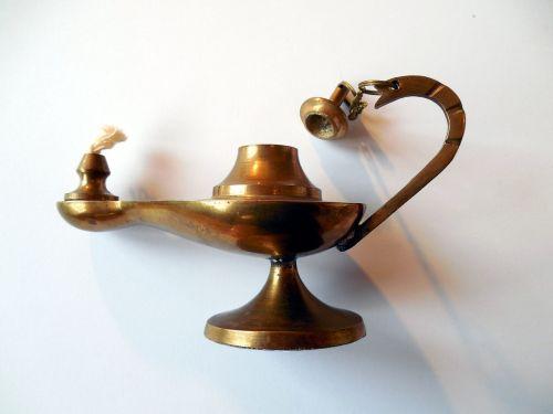 aliejinė lempa,lempa,wick,nostalgiškas,žibintas,šviesa,djinn,magiška lempa,aladdin,arabų naktys
