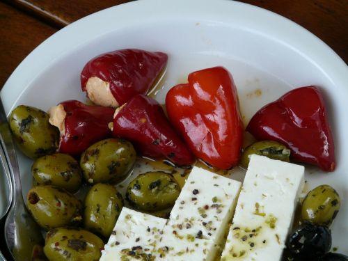 riebi,alyvuogės,paprika,fetos sūris,sūris,actas,aliejus,Įdėti,įterpta,starteris