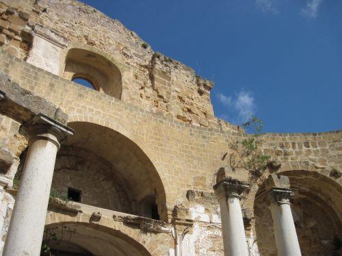 senas,Senovinis,sugadinti,bažnyčia,senoji bažnyčia,Viduržemio jūros,stulpelis,bažnyčia be stogo,skilimas,sunaikinimas,sicilija,apipjaustyta bažnyčia,kultūra,Mazara del Vallo