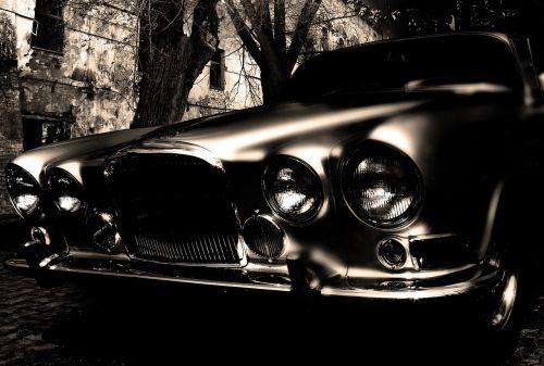 senas,tamsi,automobilis,tamsa,oldtimer,retro,pavojingas,menas,nuotrauka,gražus menas,mįslingas,keista,atmosfera,naktis,mistinis,automobilis,fantazija,vaiduoklis,vaiduoklis