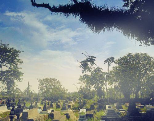 kapas, kapinės, kapas, tradicinis, nekrologas, niūrus, java, Jawa, Indonezija, paveldas, kaimas, kraštovaizdis, poilsio & nbsp, ramybė, struktūra, senas, istorija, istorinis, dangus, debesys, gamta, lauke, senas kapas