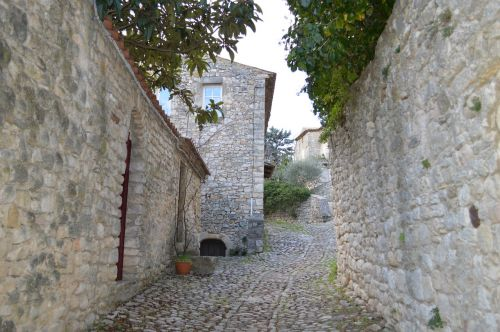 senas kaimas,france,gatvė,istorija,Provence,pierre,viduramžių kaimas,gana prancūzų kaimas,kaimas