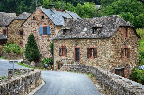 senas kaimas,senas namas,seni namai,france,kaimas,paveldas,architektūra,prancūzų kaimas,viduramžių,akmenys