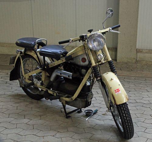 oldtimer,motociklas,nimbus,istorinis motociklas,senas motociklas,mašina,klasikinis,dviračių transporto priemonė,istoriškai