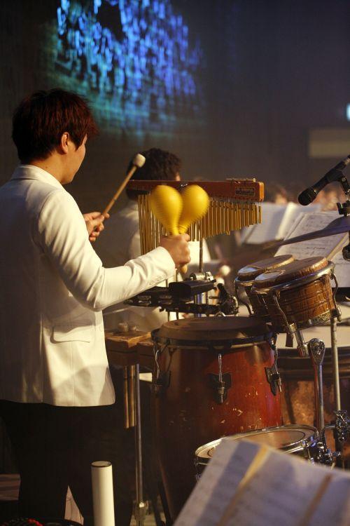 orkestras,muzika,orkestras devynias minutes,ansamblis,grojo,didelė juosta,Rodyti,instrumentas,koncertas,perkusija