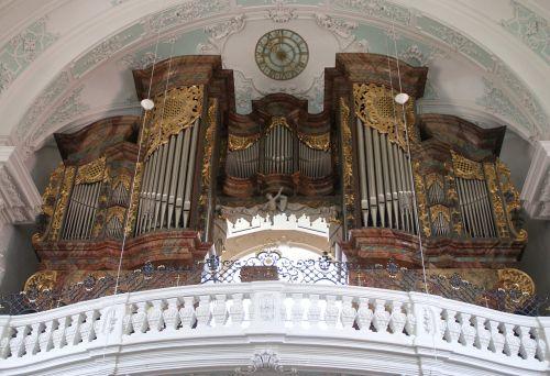 organas,bazilika,vierzehnheiligen,bažnyčia,krikščionis,swiss francs,Vokietija,organų švilpukas,pagrindinis organas,bažnytinė muzika,rieger organas,barokas,Viduramžiai,religija