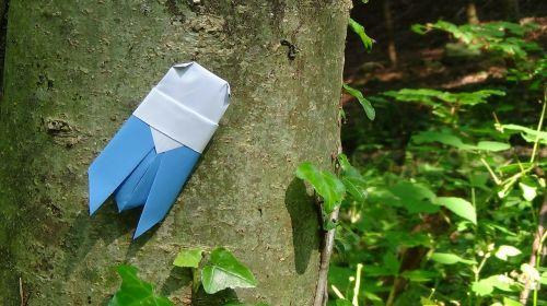 origami,žiogas,grotelės