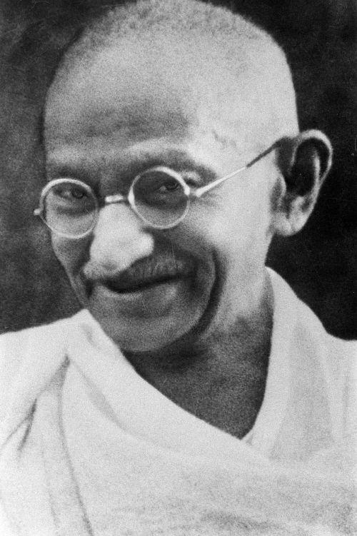 pacifistas,Mahatma Gandhi,mohandas karamčand gandhi,dvasinis lyderis,nežviliškumas,pasipriešinimas,lygybė,rasinė segregacija,1940