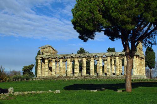 paestum,Salerno,italy,Athenos šventykla,magna grecia,senovės šventykla,graikų šventykla,doric stiliaus,archeologija