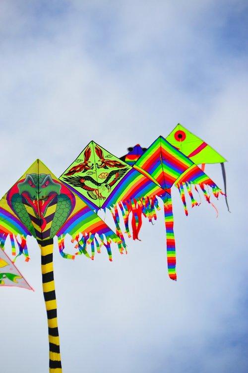 popieriaus drakonas, drakonas, spalvingas drakonas, papludimys, žaidimas, laisvė, vaikas, linksma, pramogų, laisvalaikis, laimingas, vaikai