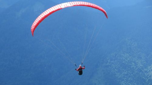 paragleris,paragliding,skristi,laisvė,Sportas,Ekstremalus sportas,oro sportas,hobis,dangus,kalnai,aukštas,laisvalaikis,žmogus,pradėti