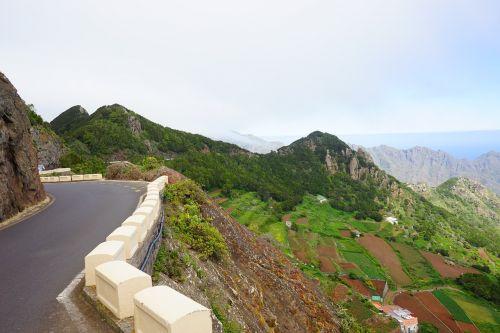 eiti kelią,kelias,kelio riba,laukai,terasos,auginimas,Žemdirbystė,kalnai,požiūris,Kanarų salos,Tenerifė,añana druskos slėnio kalnai,anaga landschaftspark,parque rural de anaga,anaga,Anaga kalnai