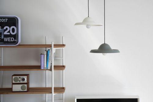 pakabinamas apšvietimas,suma,dizaino šviestuvai,kavinė,vidaus apšvietimas,interjero apšvietimas konsyap,vidaus žibintai
