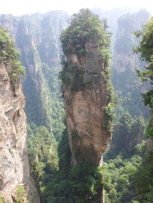Kinijos Liaudies Respublika,zhangjiajie,kalnas,peizažas,kraštovaizdis,gamta,Rokas,smailės,didybė,puikus vaizdas,uolos,kraštovaizdžio paveikslai