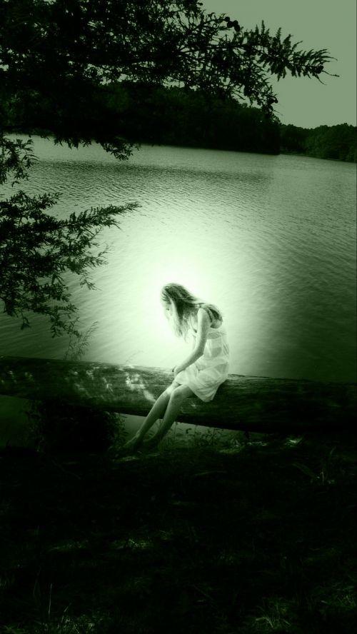 asmuo,vanduo,portretas,medis