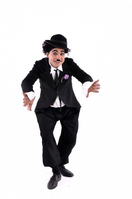 personifikacija,aktorius,Charles,Chaplinas,komikas,komiksas,veidas,žinomas,filmas,linksma,juokinga,skrybėlę,Holivudas,humoras,humoristinis,humoras,humoras,makiažas,Patinas,vyras,ūsai,filmas,senas,asmuo,portretas,retro,kostiumas,vintage,jaunas,balta,charlie