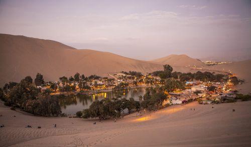 Peru,huacachina,sandboringas,oazė huacachina,dykuma
