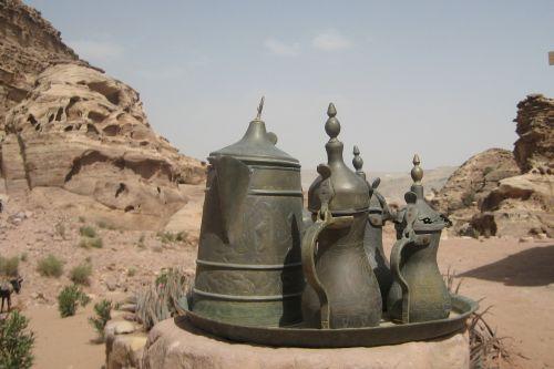 Petra, Jordan, Virduliai, Dykuma