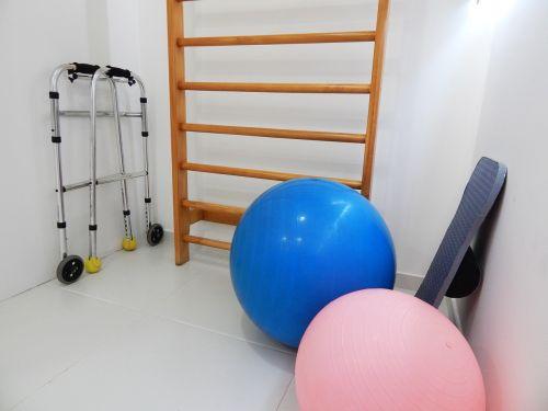 fizinė terapija,pilatesas,biuras