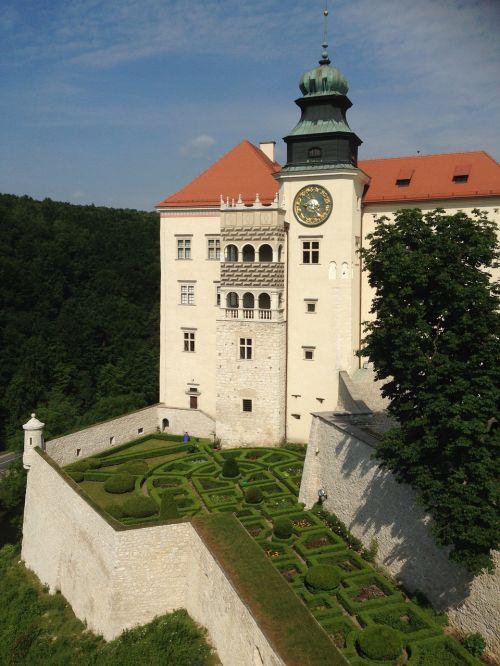 Pilies apskrities pilis,Lenkija,pilis,paminklas,muziejus,architektūra,kraštovaizdis,pastatas,nacionalinis parkas