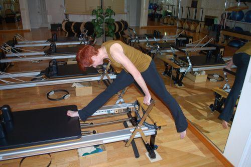 pilatesas,jėga,kūnas,pratimas,fitnesas