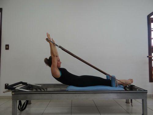 pilatesas,fizinė terapija,laikysena
