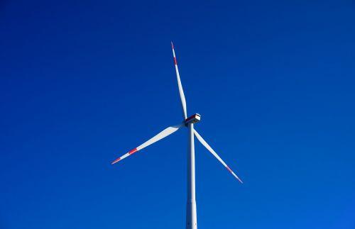 pinwheel,dangus,mėlynas,windräder,vėjo energija,energija,aplinkosaugos technologijos,rotorius,dabartinis,pasukti,elektros energijos gamyba,vėjo energija,maitinimas,atsinaujinanti energija,Vėjo turbina,kraštovaizdis,laukai,rotoriaus geležtės,propeleris