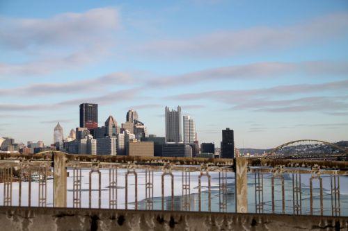 Pitsburge, upė, sušaldyta, sušaldyta & nbsp, upė, turėklai, panorama, vakarinis & nbsp, galas & nbsp, tiltas, tiltas, miestas, plieno gamintojai, piratai, pingvinas, miežiai, yinz, punktas, fort & nbsp, pitt, pgh, Pitsburge - turėklai
