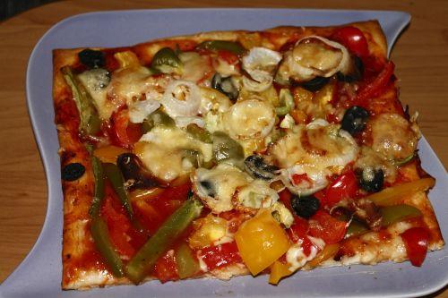pica,valgyti,pica topping,maistas,maistas,skanus,pomidorai,ispanų,svogūnai,kumpis,daržovių pica,vegetariškas,pietūs,alyvuogių,plokštė
