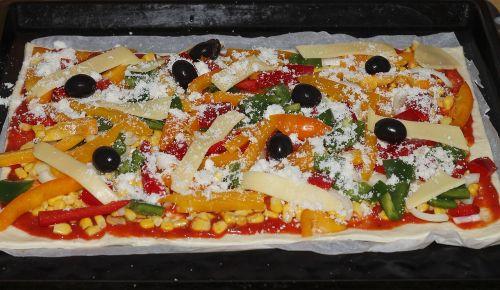 pica,sūris,alyvuogės,paprika,maistas,valgyti,pica topping,pietūs,ispanų,tešla,plokštė,teismas,italy,daržovių pica,vegetariškas