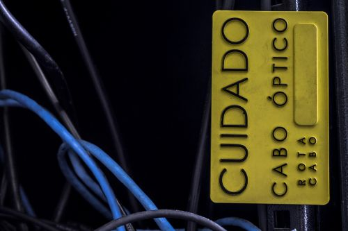lenta, ženklai, optinis pluoštas, tinklų kūrimas, technologija, internetas, lentos optinis kabelis