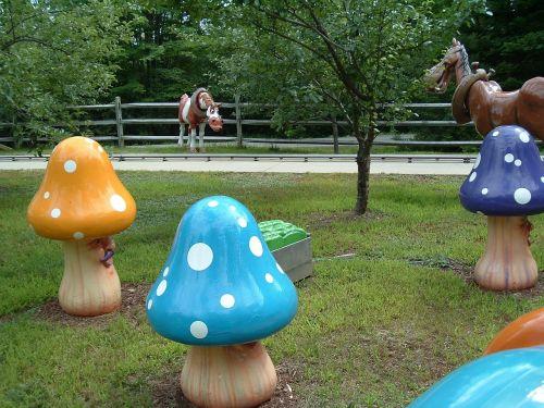 žaismingas,grybai,linksma,pramogos,žaisti,įnoringas,parkas,vaikas,vaikai,pramogų parkas,tema,vaikai,spalvinga,Teminis parkas