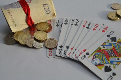 kortelė, žaisti, azartiniai lošimai, pinigai, svarai, fonas, makro, bet, suma, rizika, laimėti, žaislinės kortelės ir azartiniai lošimai
