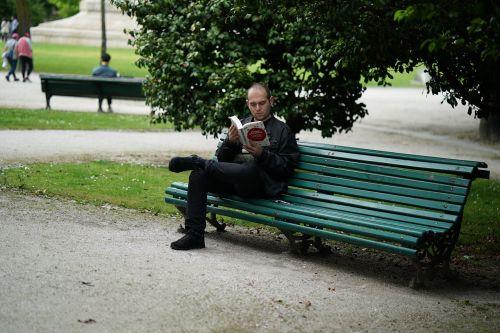 poetas,mąstytojas,parkas,knyga,skaityti,parko suoliukas,bankas,asmuo,vyras,sėdynė,out,vaizdas,pertrauka,mėgautis,kraštovaizdis,poilsis,žalias