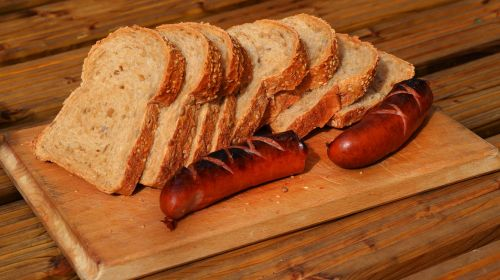 Lenkijos dešra,Grilis,duona,Grilis,dešrelės,valgymas,dešra,kepsnys,regioniniai produktai,šalies dešra,rankų darbo dešra,šalies duona,tradicinis maistas