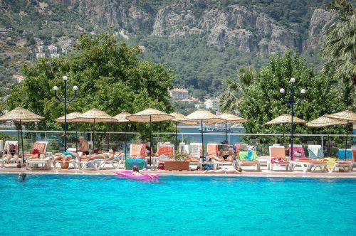 baseinas,atostogos,šventė,poilsis,plaukti,maudytis,maudytis