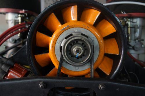 Porsche remontas,seminaras,oro aušinami varikliai,testavimas