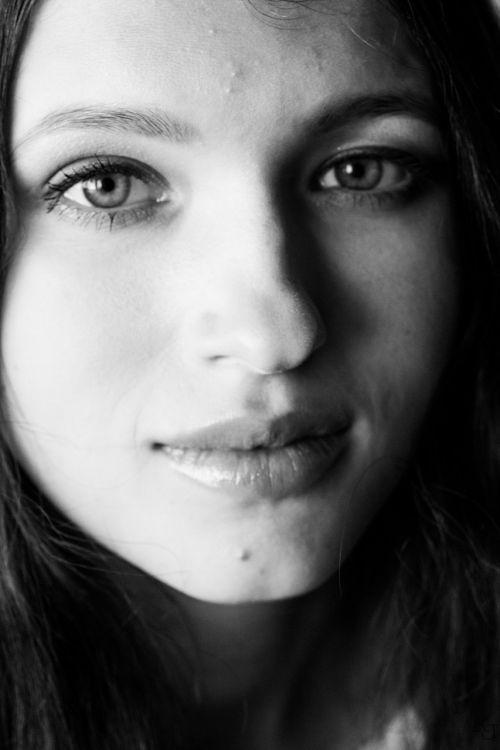 portretas,mergaitė,grožis,asmuo,merginos portretas,fotografija,bw nuotrauka,vaizdas,akys,nuotraukų portretas