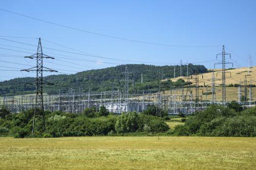 elektrinė,magistro galia,transformatorownia,energijos perdavimas,aukštos įtampos,galios poliai,energijos paskirstymas,energetikos pramonė,aplinkos apsauga,atsinaujinanti energija,energijos šaltinis,pigiausia energija,energijos pardavimai