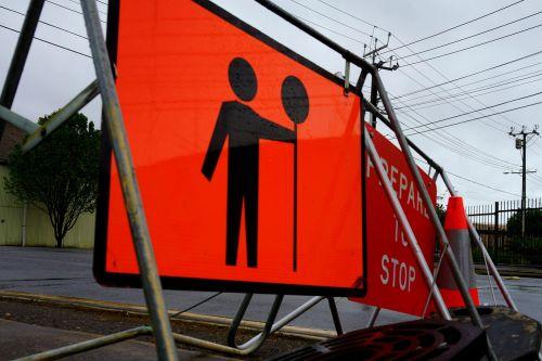 pasiruoškite sustoti,eismo ženklai,pavojus,saugumas,atsargiai,pavojingas,pavojus