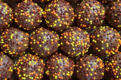 Produktai,maistas,saldainiai,Velykos,saldainiai,šokoladiniai saldainiai,saldainiai avk,šventė,ornamentas,purškimo konditerijos gaminiai