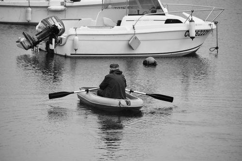 vyras, valtis, orlaiviai, gateris, vanduo, juoda & nbsp, balta, gabenimas, laisvalaikis, vaikščioti vandeniu
