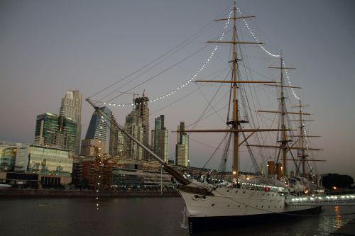 puerto madero,Buenos Airės,verslas,biuras,kranto,argentina,architektūra,orientyras,pastatas,saulėlydis,žinomas,miesto,pritraukimas,fregatas