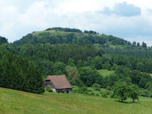 Punch,vasaros diena,idilija,tvartas,Scheuer,ūkis,swabian alb,wenzelio akmuo,avių kalnas,Zollernalb,albų karnizai,žygis,daugiau,alb hike,ekskursijos diena,Kelionės tikslas,swabian alb nordrand maršrutas,Balingen kalnai,balingen