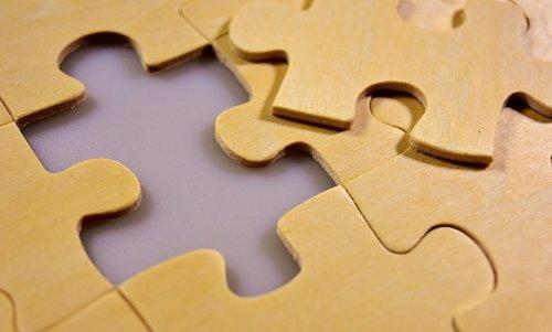 dėlionės, Paskutinė dalis, mediena, sujungiant, Įdėti, Dalintis, rungtynės, susegimas kartu, žaisti, vienetų dėlionės, kantrybės, Atminties kortelės padengtos, Laisvalaikis, nuobodulys, beveik baigta