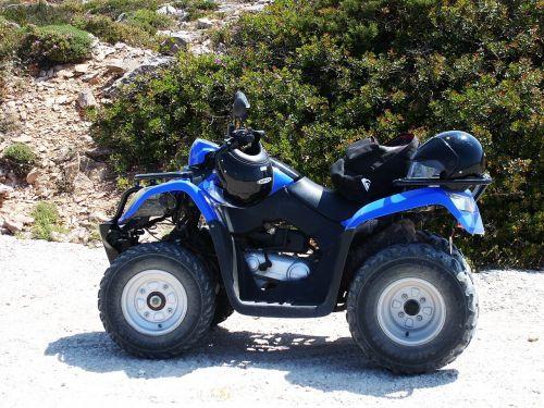 quad,mėlynas,keturi ratai,offroad,šalmas,ratai,greitis,Promenada,apsiversti